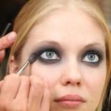 Как сделать глаза больше (видео обучение)