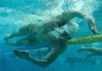 Как плавать кролем (обучающий урок)