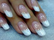 Дизайн ногтей - френч белый