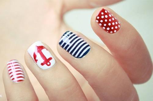 Дизайн ногтей на морскую тематику