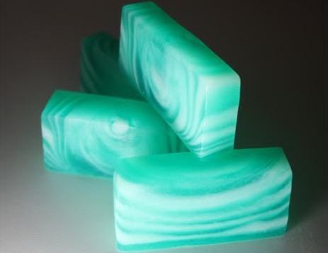 Хвойное мыло со свирлами