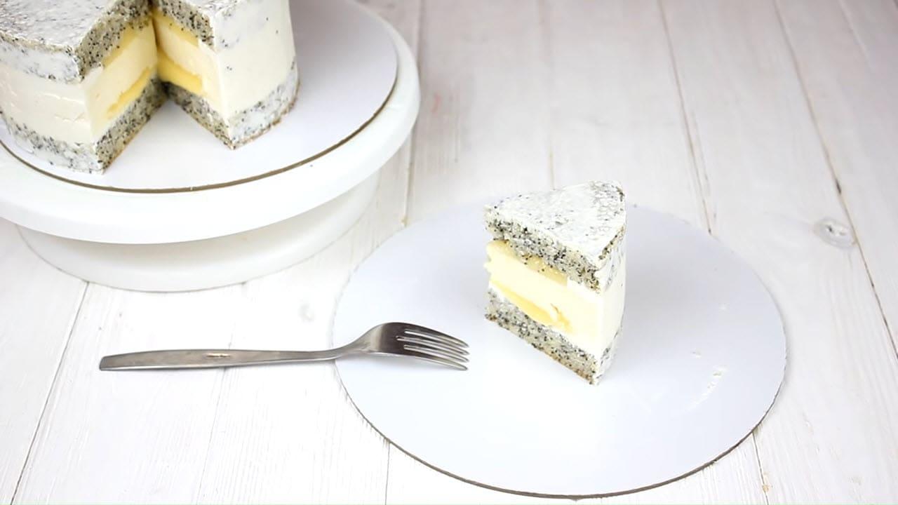 Торт с маковым бисквитом и чизкейком