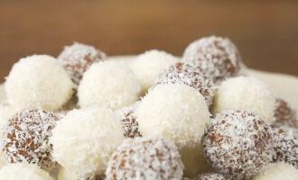 Творожные шарики в кокосовой стружке